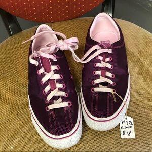 SALE ❤️❤️Purple KSwiss sneakers.  lightly used.